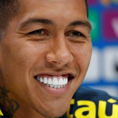 Dentes do jogador Firmino: como ter um sorriso branco, bonito e saudável